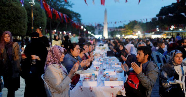 الإعلان عن موعد حلول شهر رمضان وعيد الفطر في تركيا لـ2021 تركيا اليوم