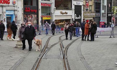 ميدان تقسيم يشهد كثافة سياحية عالية (صور)